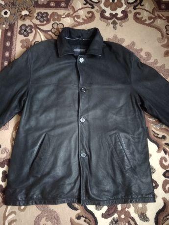 Кожаная куртка р. 58