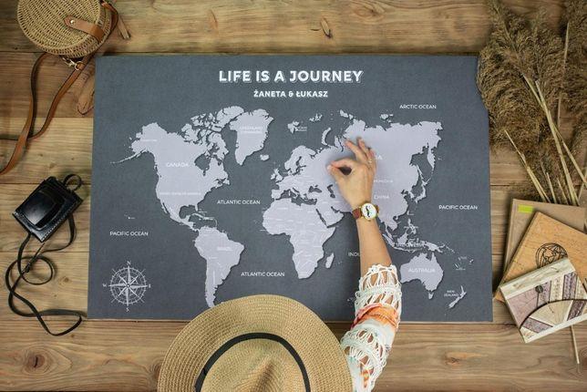 Szara loftowa mapa świata 60x90 cm z Twoim imieniem