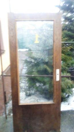 Двері б.у дубовий шпон