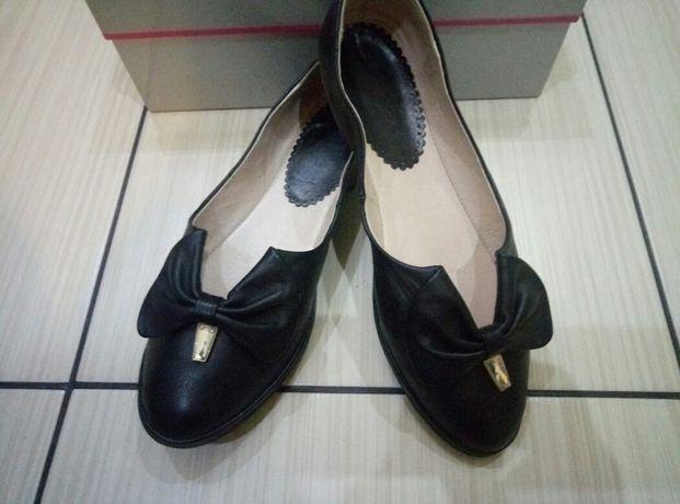 Туфли балетки кожанные 37 размер