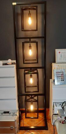 Lampy stojące loftowe