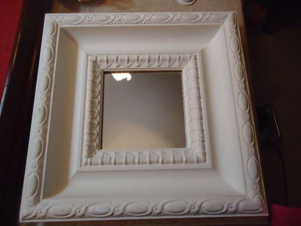 Espelho Quadrado Com Moldura em Madeira