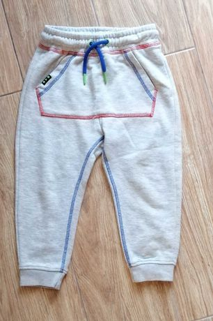 Spodnie 5 10 15 rozm 104