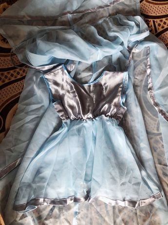 Мантія і плаття для дівчинки