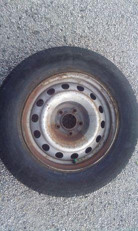 Roda jante pneus 215/65 R15 Michelin