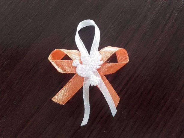 kotylion przypinka weselna dla gości biało pomarańczowe 57 sztuk