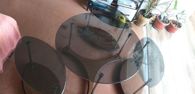 Продам набор стеклянных столов. Высота 63 см. Диаметр 87 см. Ширина 63