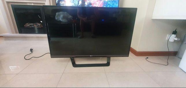 """TV 42"""" Marca LG 3D"""