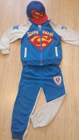Спортивный костюм супермена