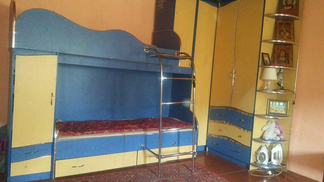 Стінка дитяча з двох ярусним ліжком