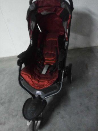 Carrinho de passeio com alcofa Chicco+banheira+cadeira auto.