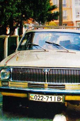 Продам автомобіль в Івано-Франківській області.