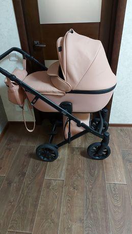 Продам коляску Anex