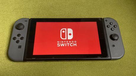 Nintendo Switch + pokrowiec + gra + 256GB