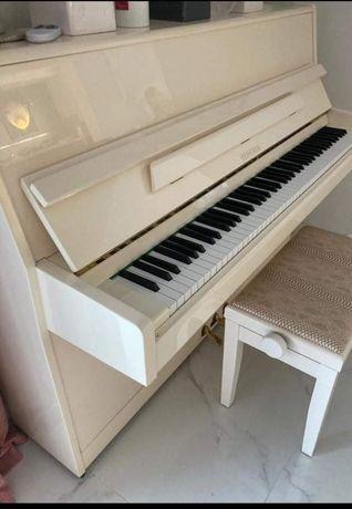 Piano vertical heinman