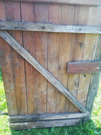 Drzwi drewniane stare