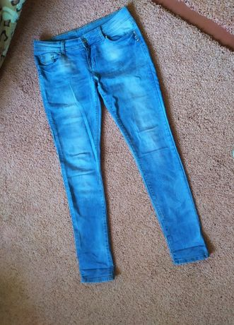 Классные штаны джинсы скини р.31 S-M