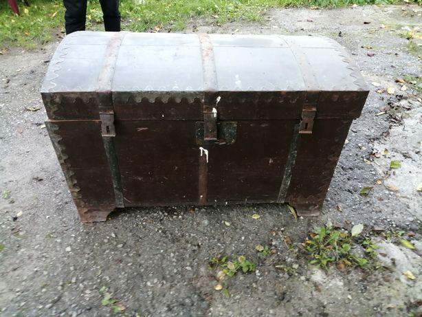 Skrzynia zabytkowa, kufer zabytek