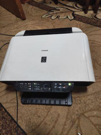 Принтер Canon с сканером