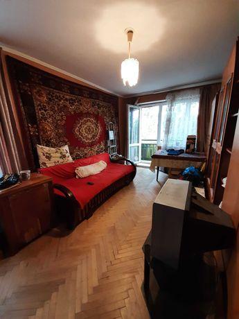 Продаж 3-ної квартири вул. Любінська