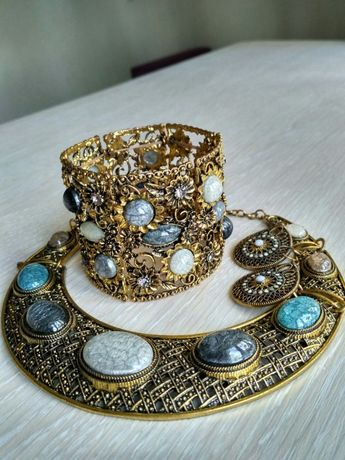 """Красивая бижутерия, комплект """"Парфуа""""(ожерелье, браслет и сережки)"""