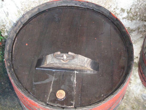 Pipos 200L madeira castanho - Para desocupar