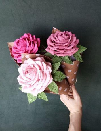 Цветы работы с конфетами. Подарок.