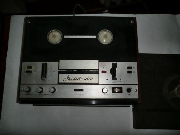 магнитофон Маяк -202