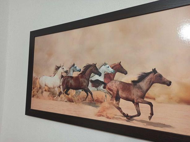 duży obraz konie koń w galopie piasek pustynia fototapeta wystrój