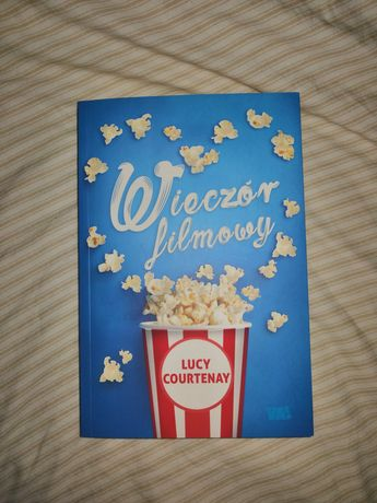 """""""Wieczór filmowy"""" Lucy Courtenay"""