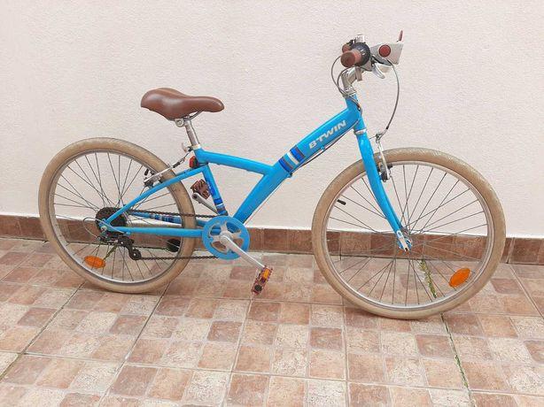 Bicicleta de menina (8-12 anos) como nova.