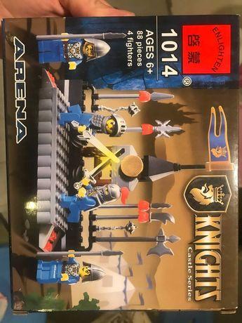 Лего Knights 88 деталей новое!конструктор, игрушка от 3 лет,