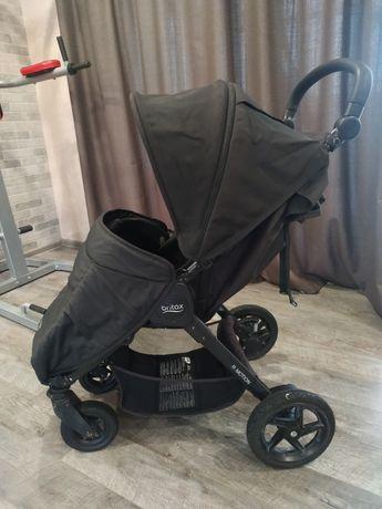 Срочно продам коляску прогулочную britax b-motion 3+4.,