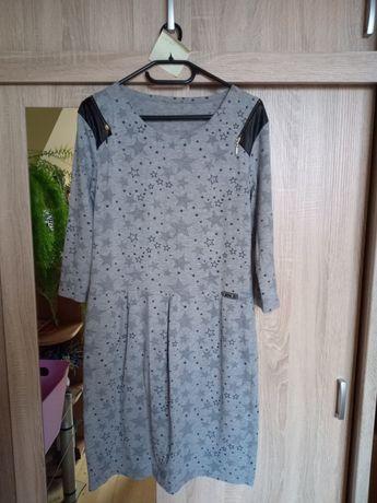 Fajna dzianinowa sukienka rozmiar xl