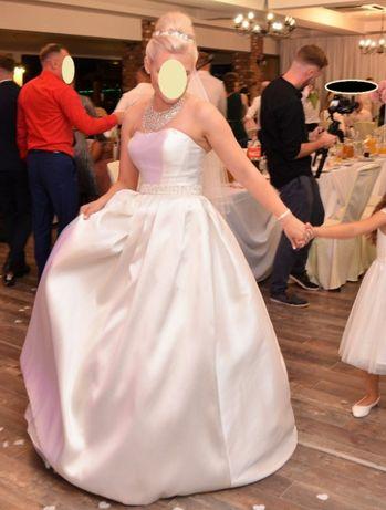 Romantyczna i elegancka suknia ślubna r.38 z materiału mikado