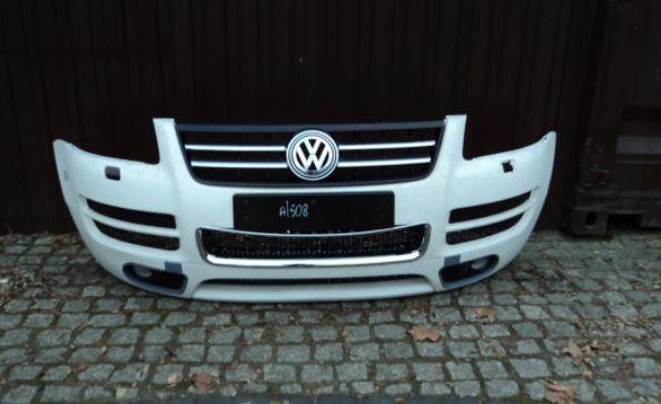 Volkswagen Touareg бампер, крылья, решетки радиатора