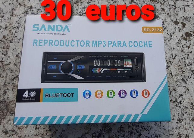 Auto rádio novo na caixa com bluetooth e entrada USB frontal