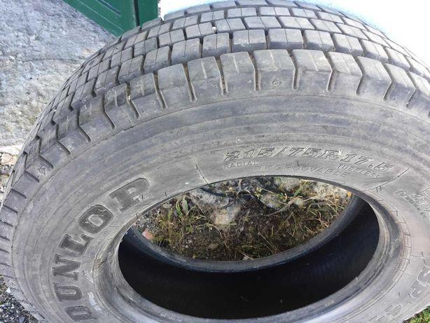 Pneu Dunlop 215/75 R17.5