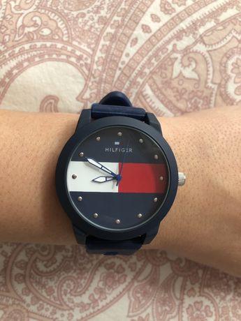 Tommy Hilfiger zegarek silikonowy wygodny