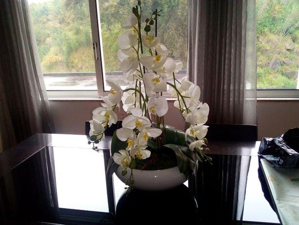 Arranjo / centro de mesa decorativo orquídeas
