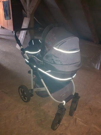 Wózek dziecięcy trzy w jednym
