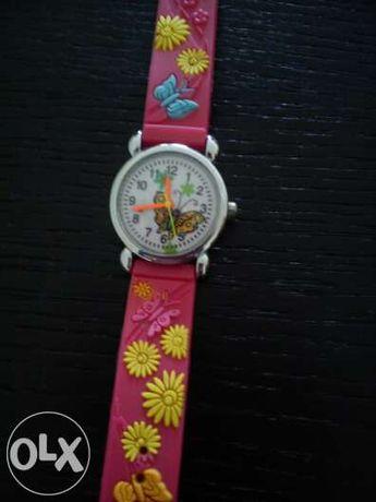 Relógio novo para criança muito bonito
