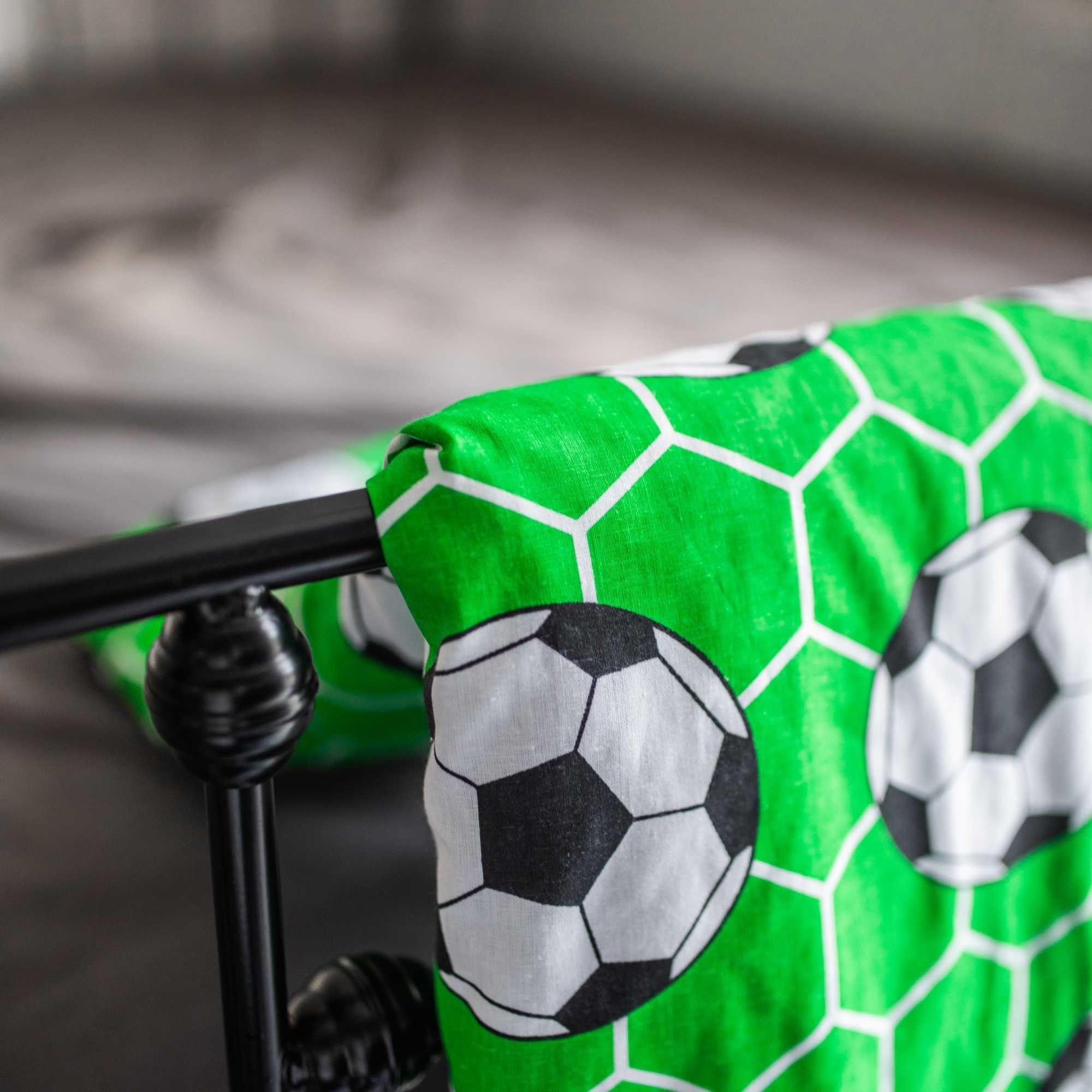 Koc MINKY dwustronna narzuta kapa na łóżko 120x200 piłki konsole koty