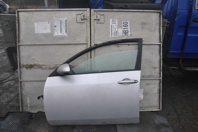 Drzwi lewy przód Nissan Primera P12
