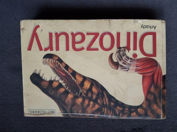 3 książki o dinozaurach