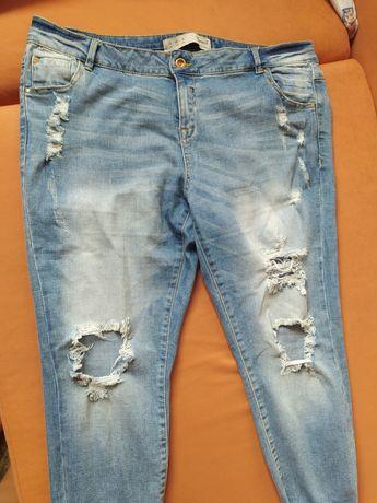 Modne jeansy dziury,przetarcia