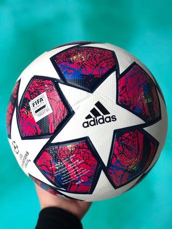 Футбольный мяч/ Adidas / Nike