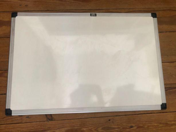 Lousa / Quadro Branco para usar com caneta  - tamanho 60x40cm