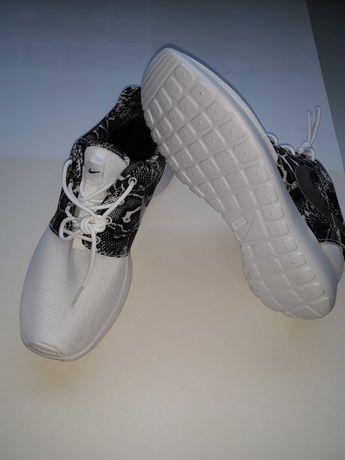Nike Roshe One Nº 40