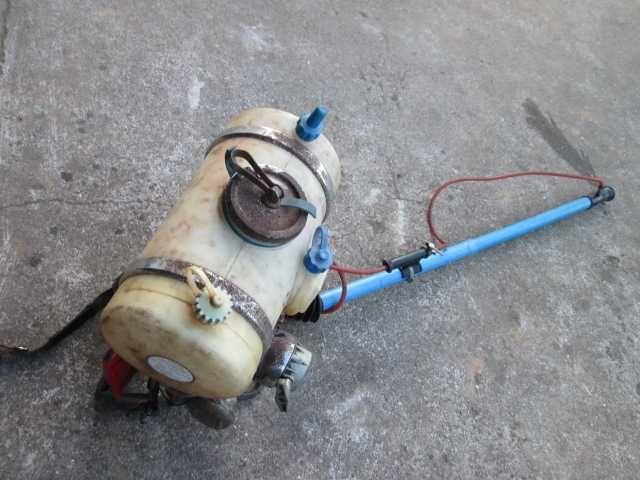 pulverizador com bomba de elevação
